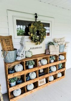 Vintage Farmhouse Decor DIY nesting boxes - A great farmhouse style piece of furniture that is super easy to make! A great storage piece or a styling piece any room inside and outside. A great pin for farmhouse decor inspiration! Farmhouse Front Porches, Rustic Farmhouse, Farmhouse Style, Kitchen Rustic, Farmhouse Ideas, Rustic Style, Country Style, French Country, Easy Home Decor