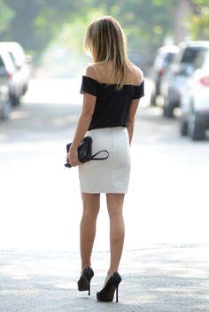 Short skirt and high heels.