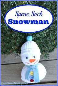 DIY : Make this adorable Spare Sock Snowman with the kids. It's an easy and fun winter craft to create together Christmas Crafts For Kids, Christmas Activities, Christmas Art, Christmas Projects, Fall Crafts, Holiday Crafts, Holiday Fun, Christmas Decorations, Christmas Ornaments