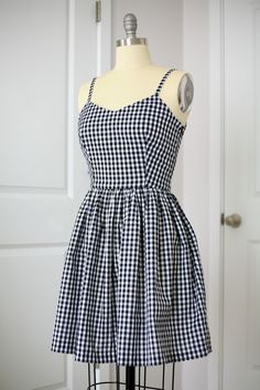 A black and white fitted, gathered skirt gingham dress with spaghetti straps Girls Fashion Clothes, Teen Fashion Outfits, Disney Outfits, Girly Outfits, Fashion Dresses, Mode Pastel, Jugend Mode Outfits, Frack, Mode Streetwear