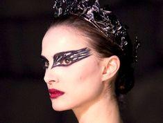 Google Image Result for http://3.bp.blogspot.com/-lSNR_cqfDDA/TVlo3-IIJyI/AAAAAAAAAYg/iLTWRUSaXSo/s1600/Black-Swan-gallery-image2-72891549.jpg