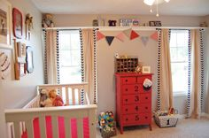 http://www.girlintheredshoes.com baby nursery