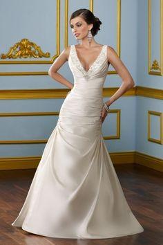 2012 Brilliant Trumpet V Neck Backless Beading Floor Length Wedding Dress