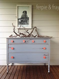 By Ferpie and Fray in a custom mix of General Finishes Milk Paint in Queenstown Gray and Seagull Gray