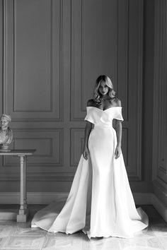 Dream Wedding Dresses, Bridal Dresses, Wedding Gowns, Girls Dresses, Prom Dresses, Formal Dresses, Pretty Outfits, Pretty Dresses, Beautiful Dresses