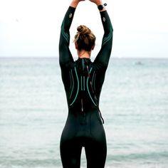 Thinner Legs, Triathlon Women, Triathlon Wetsuit, Scuba Girl, Womens Wetsuit, Underwater Photos, Canoe And Kayak, Sport Wear, Upper Body