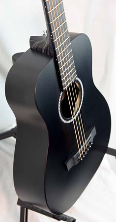 Martin LX Black Little Martin | Westwood Music | Tradition since 1947