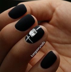 Black dress nails, Elegant nails, Evening dress nails, Expensive nails…