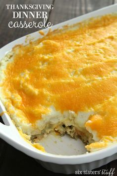 Leftover Thanksgiving Dinner Casserole – Six Sisters' Stuff   The perfect way to use your Thanksgiving leftovers and make an easy meal out of it! #thanksgiving #recipe