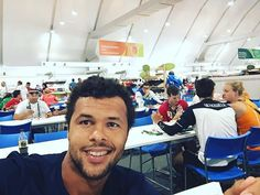 Pin for Later: 25 Athlètes Français Qui Vont Faire des JO L'évènement le Plus Sexy de la Saison Jo-Wilfried Tsonga Sport: Tennis Son Instagram: @tsongaofficiel