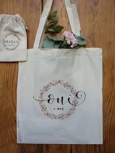 Sac coton naturel ou pochon PERSONNALISÉ : un cadeau sympa à offrir ! marquage quadri sur une face - - sac : format (38x42cm) : 13 € grande anse - pochon (15x20cm) 5€ visitez mon site : http://latelierinspire.com