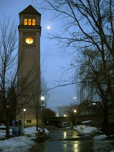 Spokane, WA -- Clocktower Walkway