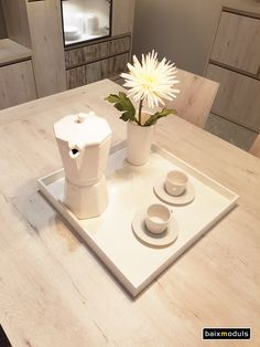 Nuestras mesas son extensibles, con opción de sólo 1 extensible más grande o 2 extensibles más pequeños.