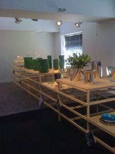 I Tredicivasi di Mario Botta in primo piano, sullo sfondo i vasi di Andrea Branzi