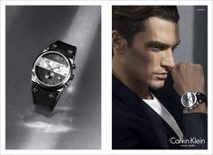 Đồng Hồ Nam CK Thỏa Mãn Mong Muốn Đẳng Cấp Bậc Nhất  Thông thường người đàn ông chọn một chiếc đồng hồ cho mình dựa trên những tiêu chuẩn như thế nào? Mỗi người một ý để có thể lựa chọn theo mong muốn ưu tiên như đồng hồ đa chức năng, bộ máy bền, kiểu dáng sang trọng… Nhưng nếu chiếc đồng hồ nam CK thỏa mãn mọi mong muốn đa số của các bạn thì như thế nào?