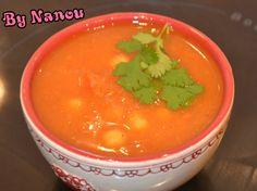 Soupe de Tomate à L'Orientale http://luniversculinaire2nanou.blogspot.fr/2014/02/soupe-de-tomate-lorientale.html