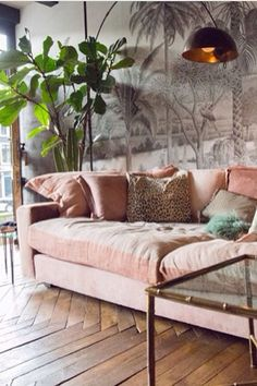 75+ Shabby Chic Pink Sofa Ideas Brighten Living Room http://homekemiri.com/75-shabby-chic-pink-sofa-ideas-brighten-living-room/