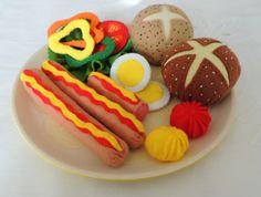 Felt Food, Breakfast Set Eco friendly childrens pretend play food for toy kitchen. Rolls, Sausage, Egg, Fresh, Vegetables, Tomato, Lettuce