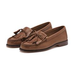 """<span style=""""color:#999999;""""><span style=""""font-size:12px; letter-spacing:.05em; line-height:150%;"""">The Carrie Weejuns is a hand sewn loafer with tasseled laces & soft genuine leather upper that adds sophistication to any look season after season.  </span>"""