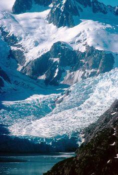 Kenai Fjords National Park in Alaska. Photo by Bob Anderson. Alaska Travel, Travel Usa, Snow Travel, Places To Travel, Places To See, Alaska The Last Frontier, Kenai Fjords, Photos Voyages, Us National Parks