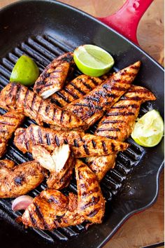 Spicy Paprika & Lime Chicken via Eat Drink Paleo chicken tenderloins 5 tsps sweet paprika 1 tsp cayenne pepper or chill powder 1 Think Food, I Love Food, Paleo Recipes, Cooking Recipes, Snack Recipes, Zoodle Recipes, Easy Recipes, Amazing Recipes, Dinner Recipes