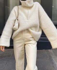 Sporty Outfits, Trendy Outfits, Fashion Outfits, Fall Winter Outfits, Autumn Winter Fashion, Minimalist Outfit, Oversize Look, Streetwear, Pullover