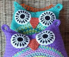 Super cute pattern for owl pillows.