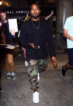 street mens fashion looks stunning . Kanye West Outfits, Kanye West Style, Urban Outfits, Kanye West Fashion, Men Street, Urban Fashion, Mens Fashion, Fashion Tips, Streetwear Fashion