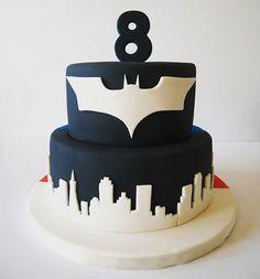 seven up cake Superman Cakes, Superman 1, Batman Vs, Fondant Cakes, Cupcake Cakes, Superhero Cake, Novelty Cakes, Cake Decorating Tutorials, Pretty Cakes