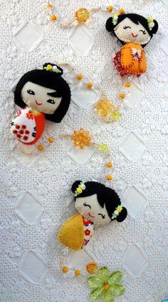 Móbile Decorativo - Kokeshi (Japonesinha) - estampa laranja