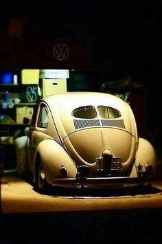 . Vw Bus, Vw Volkswagen, Volkswagen Germany, Volkswagon Bug, Moto Collection, Combi Split, Van Vw, E90 Bmw, Old Bug