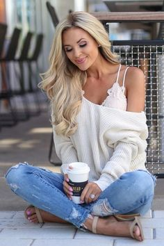 Day Dreamer Bralette - Blush - fall outfits with jeans - Cool Summer Outfits, Fall Outfits, Casual Outfits, Cute Outfits, Ladies Outfits, Classic Outfits, Look Fashion, Winter Fashion, Fashion Outfits