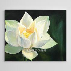대표적인 복을 부르는 꽃 중 하나인 연꽃 그림입니다.연꽃은 사군자에 포함되지는 못했지만, 옛날부터 가장 고귀하게 여겨진 꽃 중 하나였으며, 중국에서는