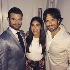 Ian Somerhalder - 14/05/15 - When I grow up I want to be @HereIsGina. Sweet, sincere and profoundly attractive. Ian = Whatever.  https://twitter.com/danieljgillies/status/598943978604601344 - Twitter / Instagram Pictures