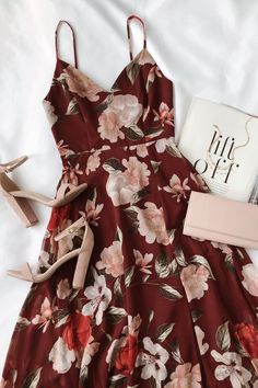 Into Bloom Burgundy Floral Print Maxi Dress fall floral dress for weddings and events The post Into Bloom Burgundy Floral Print Maxi Dress appeared first on Do It Yourself Diyjewel. Fall Dresses, Pretty Dresses, Sexy Dresses, Dress Outfits, Casual Dresses, Fashion Outfits, Summer Dresses, Long Dresses, Chiffon Dresses
