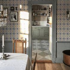 home interior ideas dream houses Swedish Cottage, Swedish House, Swedish Decor, Swedish Interiors, Cottage Interiors, Design Retro, Sweet Home, Scandinavian Home, Interior Inspiration