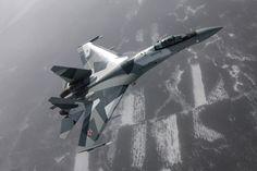 """Vì sao Su-35 Nga khiến các phi công Mỹ lái F-22, F-35 phải """"chết khiếp""""? - Lao Động"""