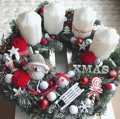 Winter Christmas, Christmas Wreaths, Xmas, Advent Wreath, Decoration, Diy And Crafts, Holiday Decor, Home Decor, Candle Arrangements