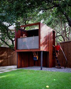 15 Modern Playhouses for Cheerful Backyards Backyard House, Backyard Playhouse, Build A Playhouse, Backyard Playground, Modern Backyard, Backyard For Kids, Modern Playhouse, Playhouse Kits, Cubby Houses