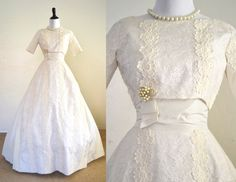 1950s Wedding Dress Ivory Lace Miss Betsy by YellowBeeVintage