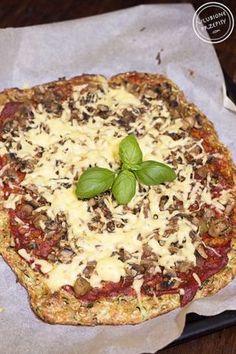 Dietetyczna pizza na spodzie z cukinii