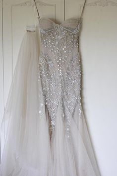 J'aton Couture. The most perfect dress I've ever seen!