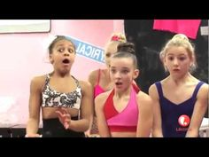 DANCE MOMS FUNNY MOMENTS - YouTube