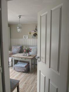 vorher nachher holzbohlen tisch shabby chic im retrosalon pinterest vorher. Black Bedroom Furniture Sets. Home Design Ideas