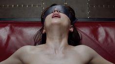 ¿Qué pasa si te gusta '50 sombras de Grey'?    - La popular trilogía es francamente misógina, pero no obviemos la capacidad crítica y subversiva de sus espectadoras   - Películas como '9 semanas y media' o 'Garganta profunda', pese a no ser feministas, contribuyeron a ampliar imaginarios eróticos y a estimular las fantasías sexuales de las mujeres