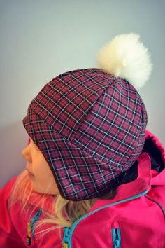 MALLIKELPOINEN: Hattu