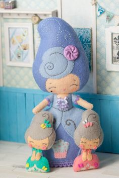 PDF.Marie Antoinette doll with baby Antoinette .Plush by Noialand