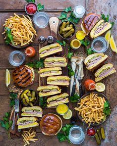 Videos crudite platter, favorite recipes, my favorite food, food platters, Healthy Fruits, Healthy Eating, Gourmet Recipes, Healthy Recipes, Party Food Platters, Food Trends, Food Design, Food Inspiration, Food Print