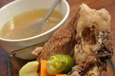 Marhahúsleves készítése Pot Roast, Beef, Ethnic Recipes, Food, Carne Asada, Meat, Roast Beef, Essen, Meals