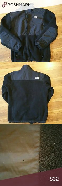 Black Northface jacket Black northface jacket bought from another posher it has a small pin hole in the back at the top shown in another picture. It also has lint on it im sure it can be taken off:) size XL juniors North Face Jackets & Coats